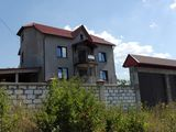 casa cu 3 nivele si mansarda in sectorul Ciocana - Budesti 2