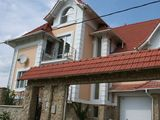 Casa in chirie la Botanica, sauna , bazin, garaj-  1000 euro