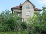 Sect. Rîșcani, după Universitatea Tehnica. Strada Primarul Gherman Pântea – una din cele mai prestig