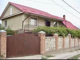 Vânzare casă 250 m.p., teren 6 ari, Durlești!!!