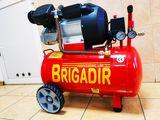 Профессиональный двух поршневой компрессор Бригадир 50 литров гарантия 1 год