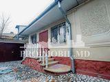 Case în chirie, Centru, str. A. Bernardazzi 420€