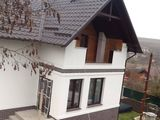 Se vinde casa-vila, 5km de la chisinau (buiucani),sau schimbam pe apartament +bani