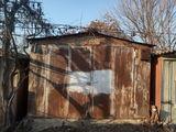 металлический гараж с сухим капитальным подвалом