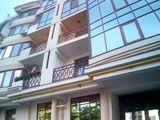 Apartament cu 3 odai in Centru istoric .108 m.p. Bloc nou. str.Bernardazzi 85/ 3х центр новострой.