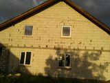 se vinde casa in Sat Rezeni raionul ialoveni.urgent
