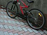 Vind doua biciclete in stare buna