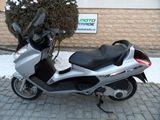 Piaggio x8 2004