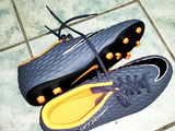 Urgent buți noi Nike hypervenom marimea  43 sau 42.5