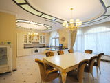 Продается комфортный двухэтажный дом!