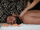 Профессиональный массаж с выездом в отель. Или принимаю в Центре