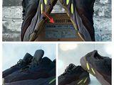Новый  Adidas Yeezy Boost 700 Очень легкие и комфортные. Качество гарантируем.