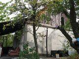 Дом-дача в 3х км от Яловен в сторону Костешт в 10 км от Кишинева