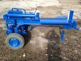 Despicător de lemne hidraulic  isp 18 tone