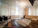 Super apartament! Mobila italiana, parcare privata, pardosea calda, autonoma! Terasa - 150 m2!