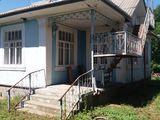 Продается недорого большой дом и сарай в селе Висока