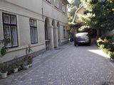 Продам дом в центре города Бельцы  65.000е