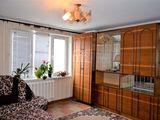 M2-Vînzare, Apartament cu 1 cameră, 39mp., reparație euro, str. Florilor .