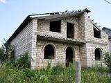 Меняю двухэтажный дом в Кожушне на квартиру в Кишиневе