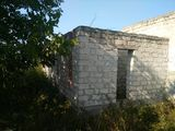 Vinzare teren 9 ari + constructie nefinisata, casa in r-nul Criuleni, satul Ratus