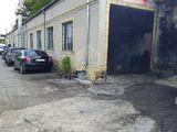 Продаётся коммерческое помещение по ул. Волунтарилор, Чокана площадью 270 м по цене 60000 €