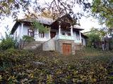 Vind casa de locuit in Sat. Hirtopul-Mare