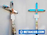 Кресты,скамейки,столики из нержавеющей стали