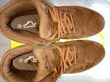 Фирменные кроссовки,100% !!!
