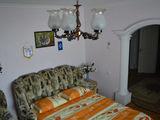 Посуточно-20 евро, понедельно, помесячно. Уютная  однокомнатная квартира, 4  спальных места.