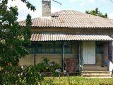 Продаётся дом, 2 этажа, все удобства. Горячая вода. с. Букурия Кагульского района !