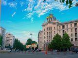 Центр, гостиница Кишинэу, первая линия