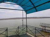 Продам базу отдыха с  гостиницей на берегу озера Гидигич.
