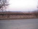 Teren arabil,pentru constructii industriale,la intrare in Truseni.