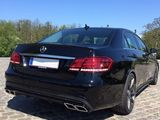 Mercedes Benz chirie albe/negre, ore-zi!
