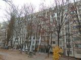 Vânzare apartament 2 camere, de mijloc, 55 mp, reparație, debara cadou, Buiucani, 36 500 euro!