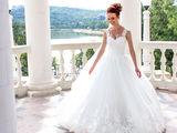 Свадебное платье 2200 lei