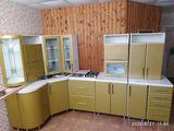Продам кухню б/у с плитой и мойкой