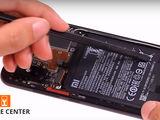 Xiaomi Mi 8 Nu ține bateria telefonului. Noi ți-o schimbăm foarte ușor!