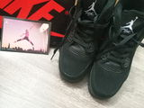 Jordan 4 black 1100 лей-возможен торг !! 44 размер