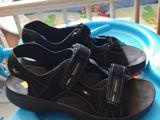 Продам новые сандалии натуральная кожа 41-42 размер.