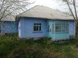 Vind casa in Orasul Soroca urgent sau schimb astept propuneri casa se afla pe troica