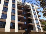 Oferta ferbinte Apartament cu 2 odai în zonă de parc!!