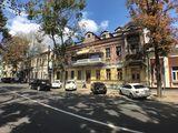 Bucuresti Первая Линия . 140 м2, 2 уровня , Парковочное место