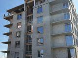 Proprietar vind urgent apartament cu 2 camere, bloc nou în varianta alba