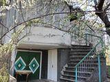 Продаётся двухэтажный дом в Сороках