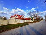 Casa de vînzare în Ciocana, 3 nivele, 310 mp, 8 ari !