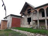 Продам не достроеный Полутора этажный дом с окнами