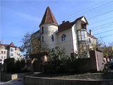 Casa  de  vis  in  centrul  capitalei     -   zona   rezidentiala