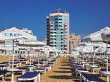 Солнечный берег первая линия отели