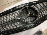 решетка радиатора Mercedes e212 c205